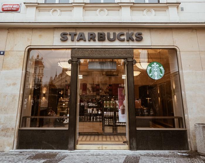 Hodnotíme kavárny   Starbucks The Clock – Václavské náměstí
