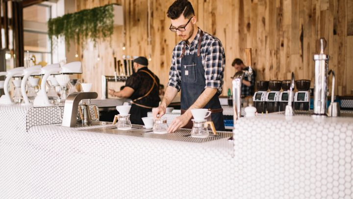 Připravili jsme seznam kaváren, které mají stále otevřeno