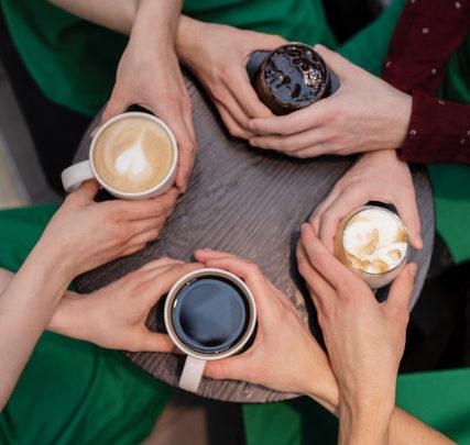 Lahodná káva a pozoruhodné ženy patří k sobě