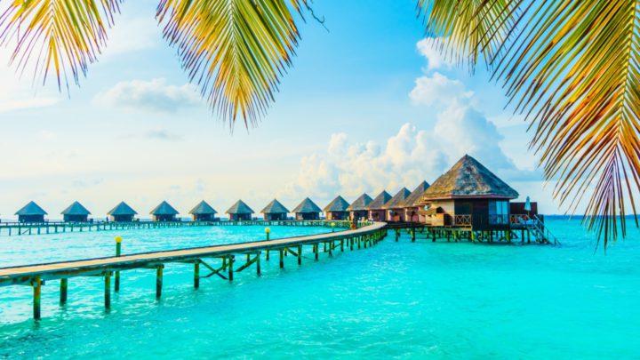 Průvodce Emirates pro bezpečnou dovolenou v Indickém oceánu