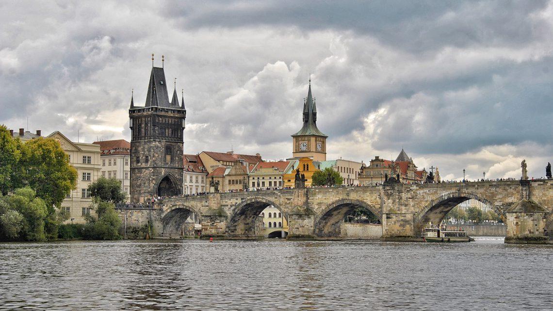 Návštěva Starého Města s levným ubytováním v Ubytovně Praha